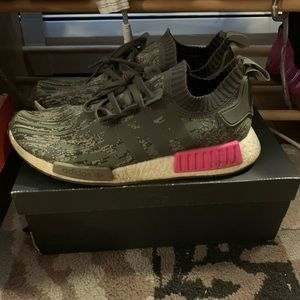 Pink camo adidas nmd size 10.5 with recipt